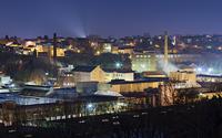 Das Kabelwerk in Eupen in einer klaren Winternacht