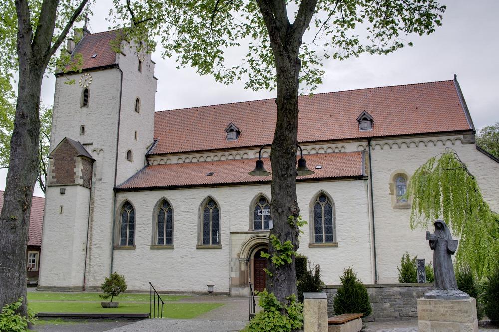 http://www.eifelmomente.de/albums/Nordeifel/Fruehjahr/2010_05_11-16_Ostfriesland/2010_05_11_-_23_Metelen_im_Muensterland_DRI.jpg