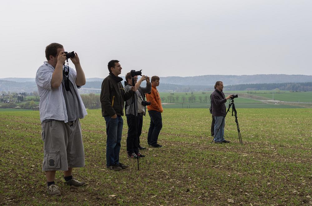 http://www.eifelmomente.de/albums/Nordeifel/Fruehjahr/2014_04_04-06_SCE-Convention/2014_04_05_-_42_Bei_Eisfeld_DNG_bearb.jpg