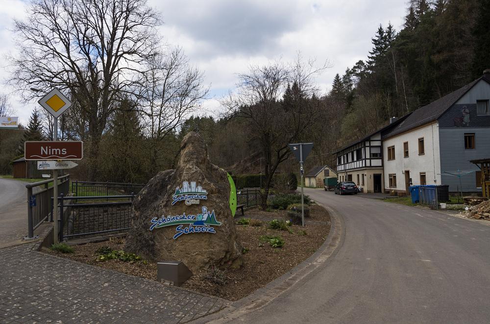 http://www.eifelmomente.de/albums/Nordeifel/Fruehjahr/2016_04_09_Kalk-und-Westeifel/2016_04_09_-_460_Schoenecker_Schweiz_DNG_bearb.jpg
