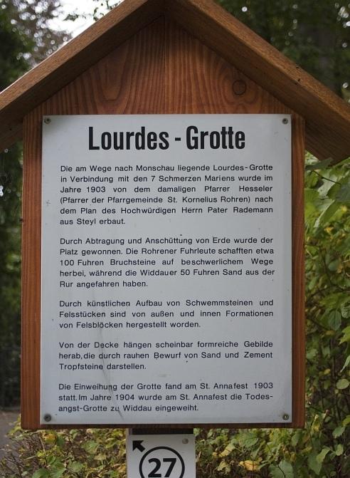 http://www.eifelmomente.de/albums/Nordeifel/Herbst/2009_09_23_Herbstanfang_unterhalb_von_Rohren/2009_09_23_-_088_Lourdes-Grotte_DNG_bearb_492.jpg
