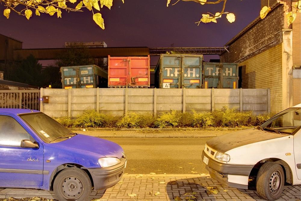http://www.eifelmomente.de/albums/Nordeifel/Herbst/2009_11_07-08_Nachtaufnahmen_in_Seraing_und_Luettich/2009_11_07_-_007_Seraing_DRI_bearb.jpg