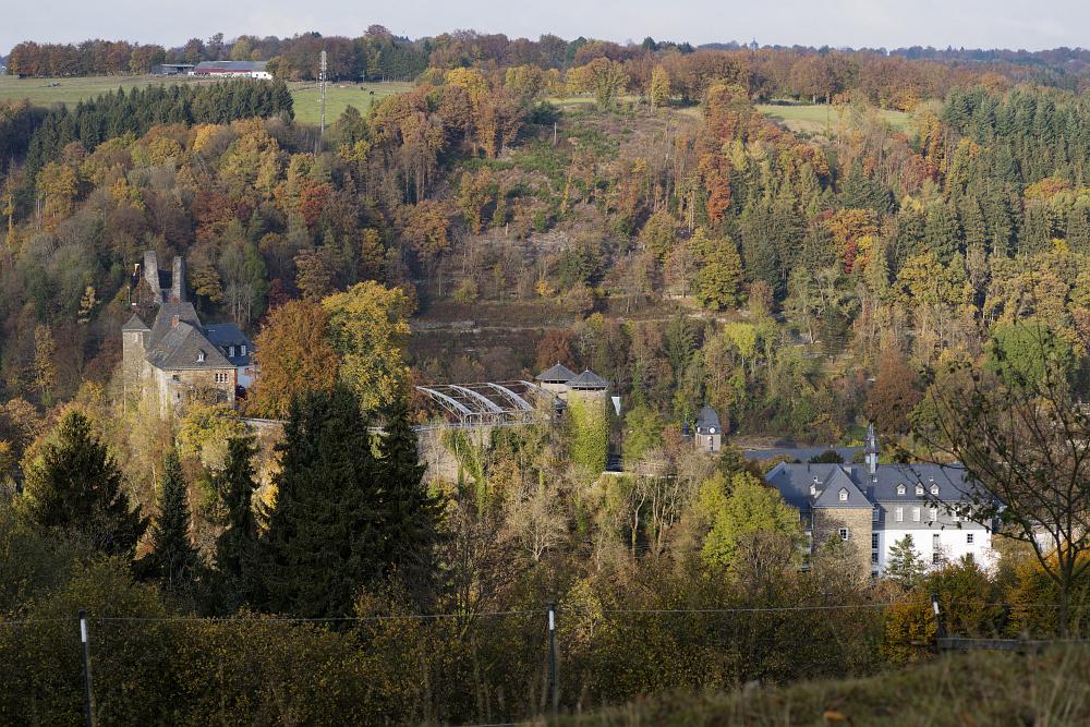 http://www.eifelmomente.de/albums/Nordeifel/Herbst/2016_10_23-26_Bei_Monschau/2016_10_23_-_030_Bei_Monschau_DNG_bearb.jpg