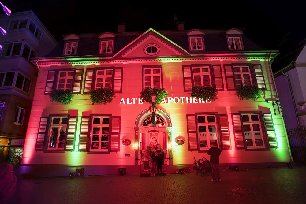 http://www.eifelmomente.de/albums/Nordeifel/Herbst/2016_Herbst/2016_11_04_-_059_Recklinghausen_leuchtet_DNG_DRI_bearb.jpg