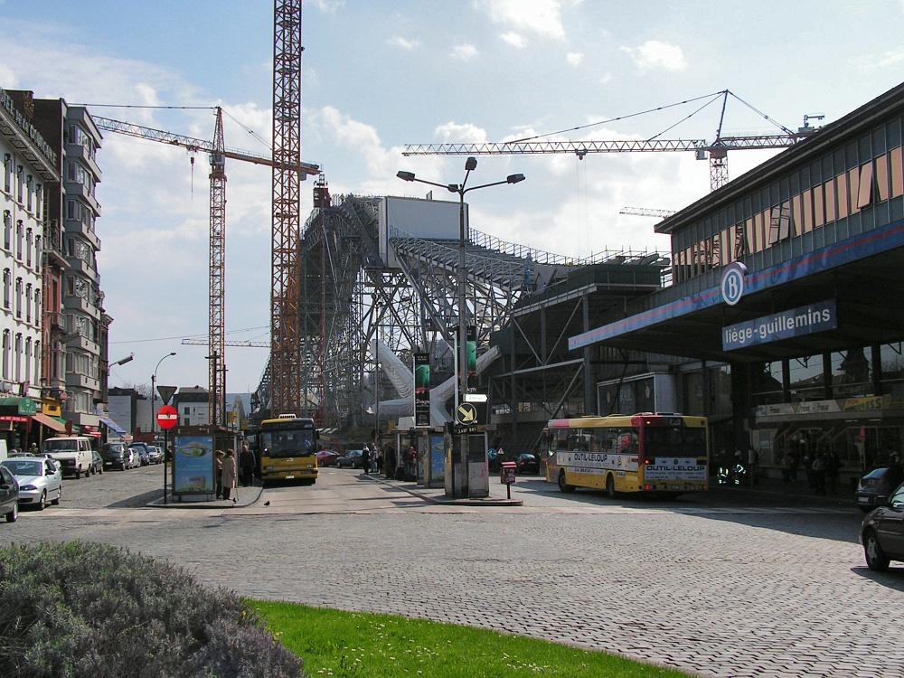 http://www.eifelmomente.de/albums/Nordeifel/Sommer/2010_08_19_Bahnhof_Liege_Guillemins/2005_04_27_Gare_des_Guillemins_bearb.jpg