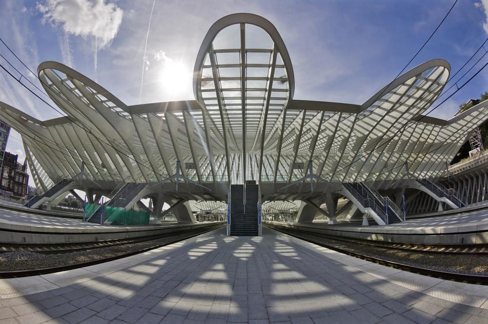 Tagestour zum Bahnhof Lüttich-Guillemins