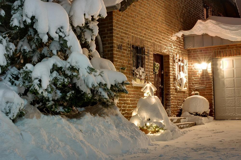 http://www.eifelmomente.de/albums/Nordeifel/Winter/2010_02_01_50cm_Schnee_in_Simmerath/2010_02_01_-_41_50cm_Schnee_in_Simmerath_DRI_bearb.jpg