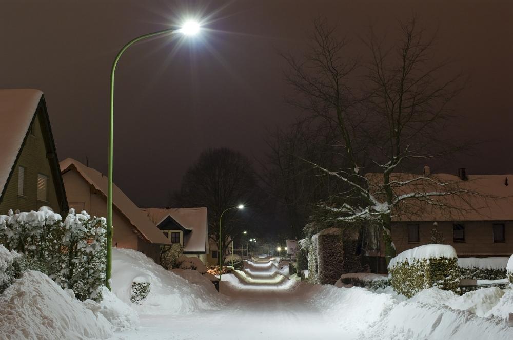http://www.eifelmomente.de/albums/Nordeifel/Winter/2010_02_01_50cm_Schnee_in_Simmerath/2010_02_01_-_45_50cm_Schnee_in_Simmerath_DNG_bearb.jpg