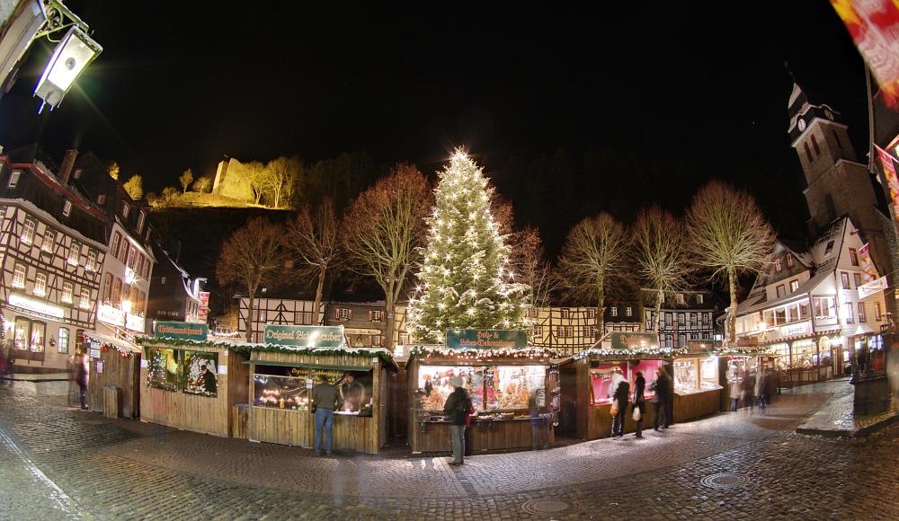 http://www.eifelmomente.de/albums/Nordeifel/Winter/2010_11_27_Monschauer_Weihnachtsmarkt/2010_11_27_-_100_Weihnachtsmarkt_DRI_bearb_ausschn.jpg
