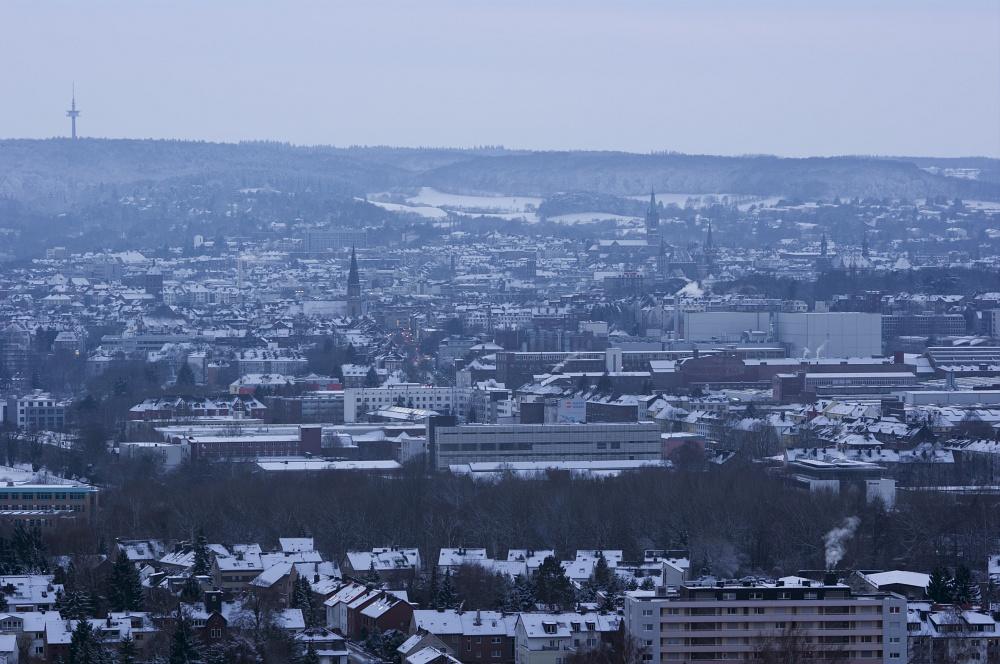http://www.eifelmomente.de/albums/Nordeifel/Winter/2010_12_17-18_Winterfotos_u_Schloss_Merode/2010_12_18_-_35_Haarener_Berg_DNG_bearb.jpg
