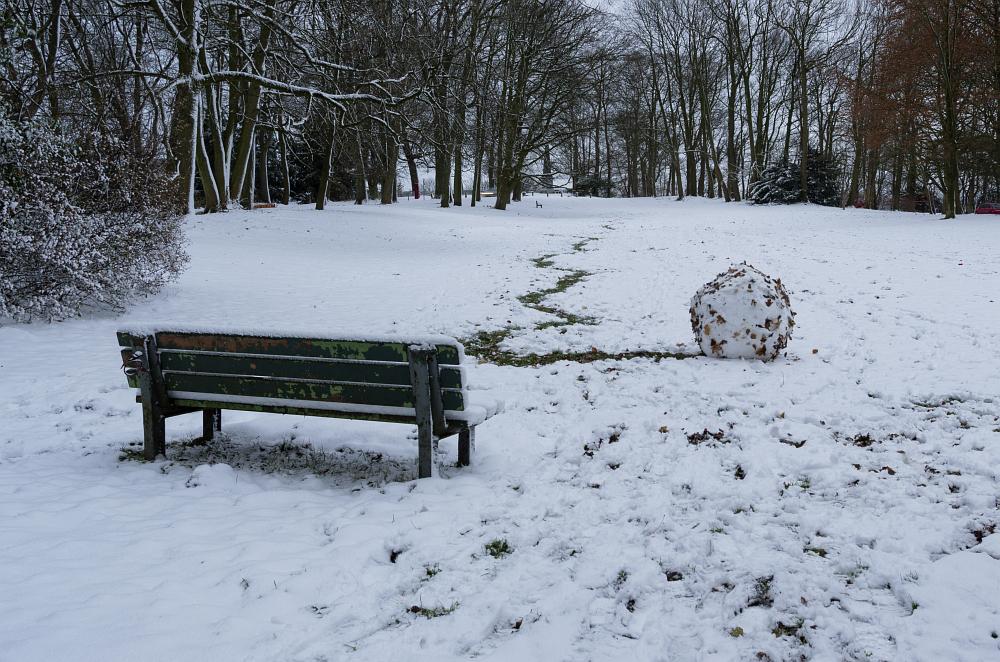 http://www.eifelmomente.de/albums/Nordeifel/Winter/2012_12_07_Aachener_Weihnachtsmarkt/2012_12_07_-_019_Aachen_Lousberg_DNG_bearb_ausschn.jpg
