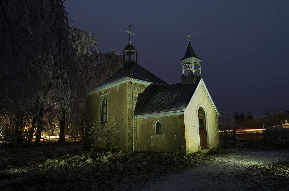 http://www.eifelmomente.de/albums/Nordeifel/Winter/2014_12_05-28_Winteranfang_Nordeifel/2014_12_05_-_89_Baraque_Michel_DNG_DRI_bearb.jpg