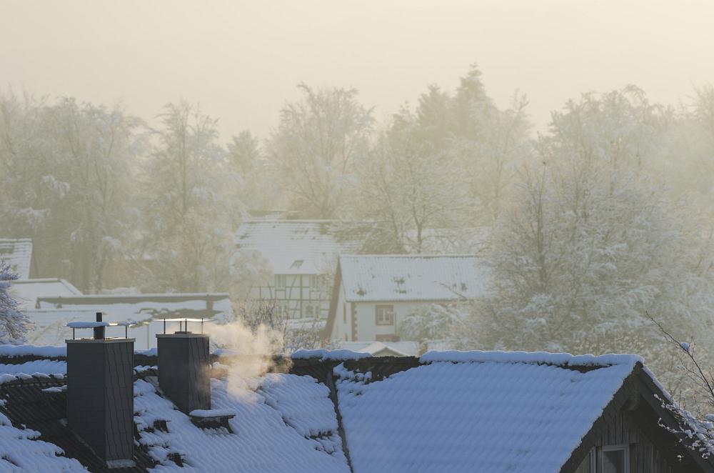 http://www.eifelmomente.de/albums/Nordeifel/Winter/2014_12_05-28_Winteranfang_Nordeifel/2014_12_14_-_186_Konzen_DNG_bearb.jpg
