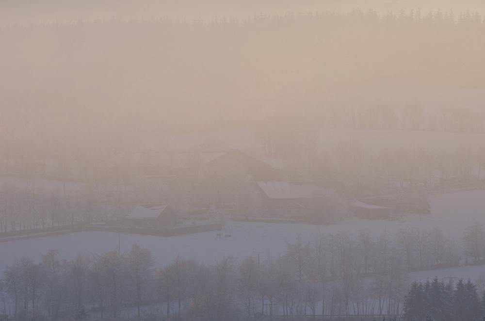 http://www.eifelmomente.de/albums/Nordeifel/Winter/2014_12_05-28_Winteranfang_Nordeifel/2014_12_14_-_190_Konzen_DNG_bearb.jpg