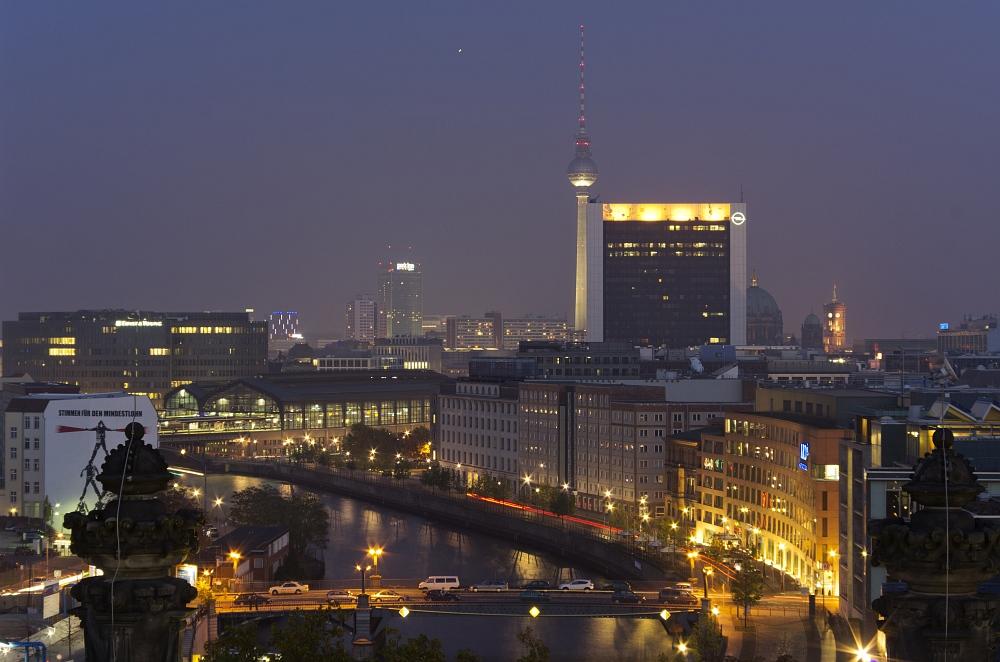 http://www.eifelmomente.de/albums/Urlaub/2011_11_05-09_Berlin/2011_11_06_-_192_Berlin_DNG_bearb.jpg