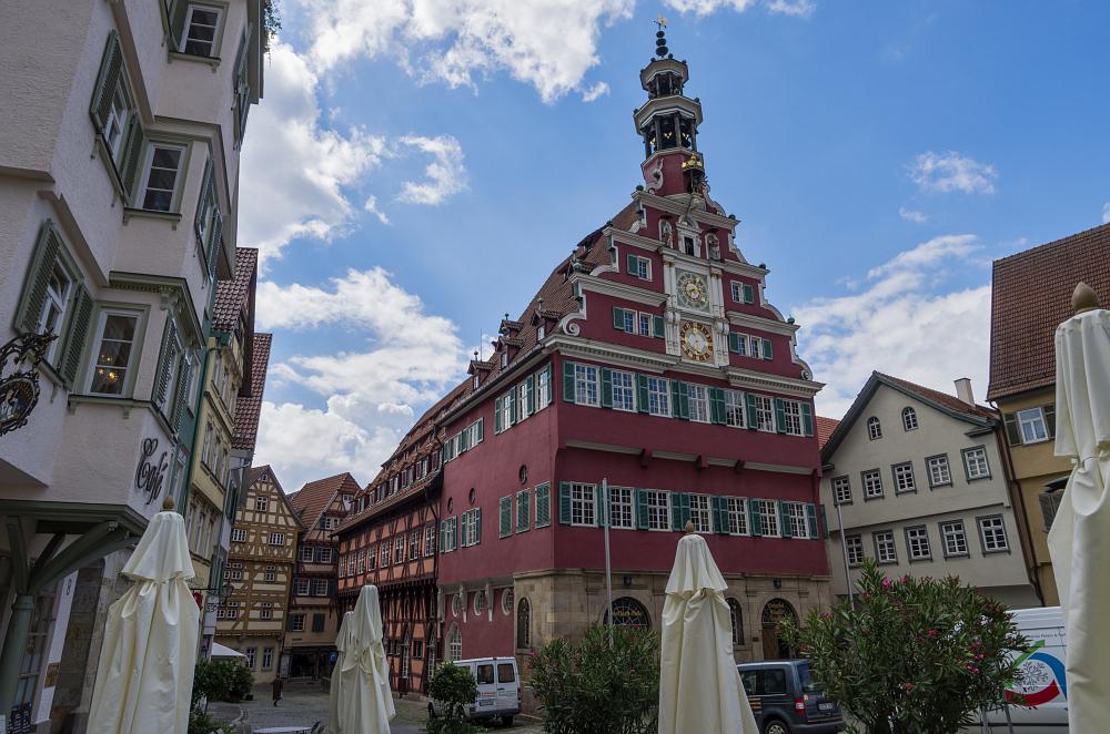 http://www.eifelmomente.de/albums/Urlaub/2016_07_11-14_Frankfurt_Alb/2016_07_14_-_079_Esslingen_DNG_bearb.jpg
