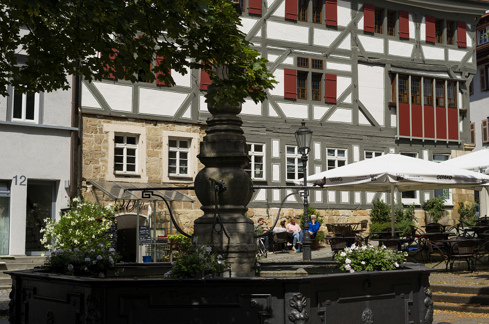 http://www.eifelmomente.de/albums/Urlaub/2016_07_11-14_Frankfurt_Alb/2016_07_14_-_094_Esslingen_DNG_bearb.jpg