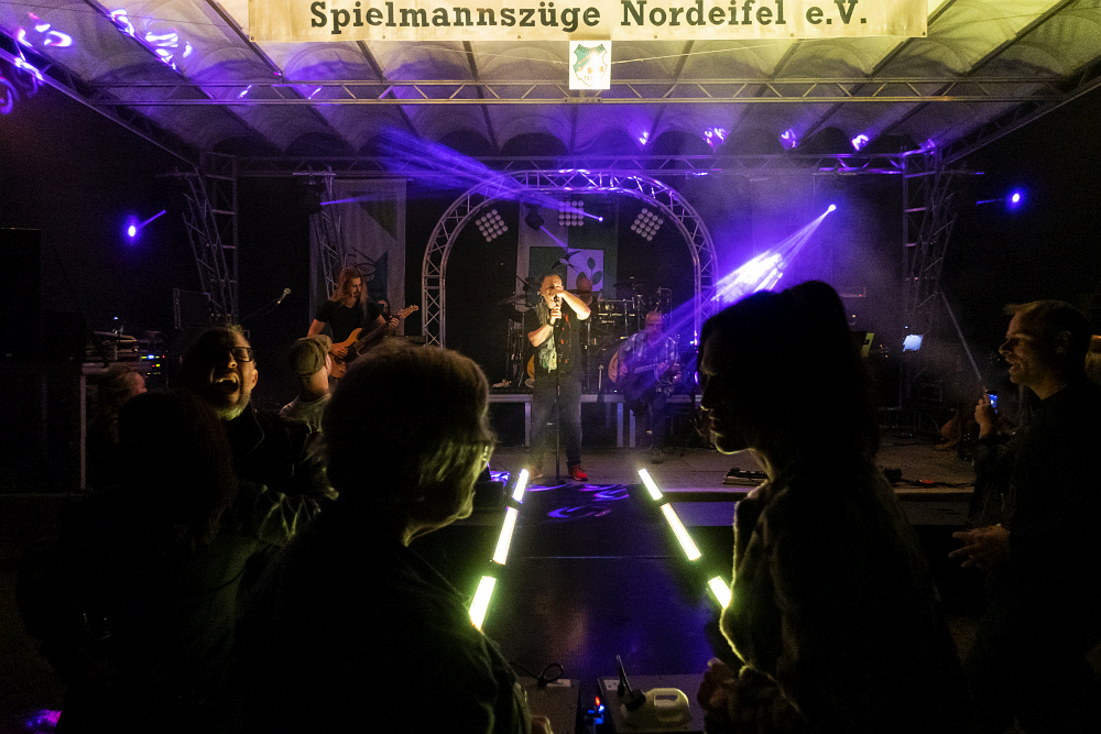 https://www.eifelmomente.de/albums/Nordeifel/Herbst/2021_09_04-05_Gnadenhof_DGH/2021_09_04_-_389_DGH_Kesternich_ARW_bearb.jpg