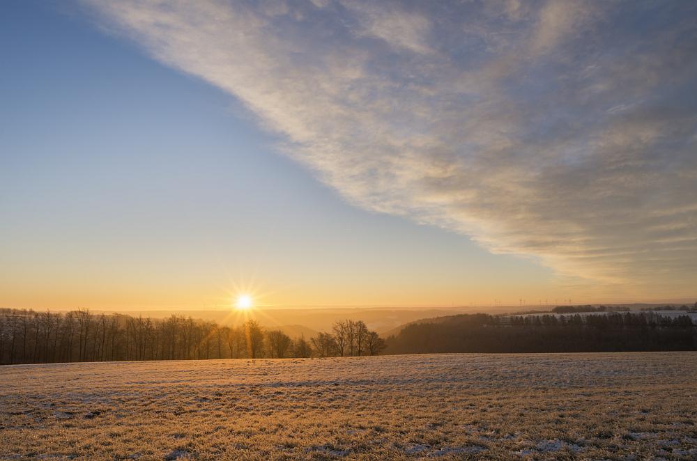 https://www.eifelmomente.de/albums/Nordeifel/Winter/2020-21_Winter/2020_12_10_-_01_Bei_Kesternich_DNG_DRI_bearb.jpg
