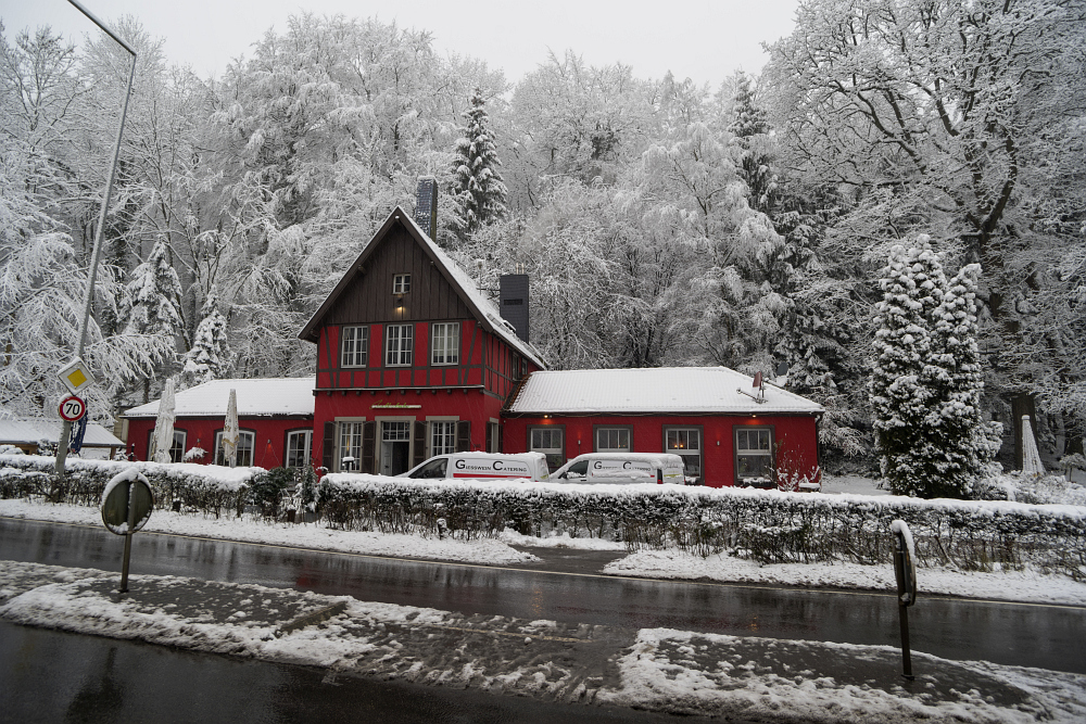 https://www.eifelmomente.de/albums/Nordeifel/Winter/2020-21_Winter/2021_01_08_-_003_Aachen_Preuswald_DNG_bearb.jpg