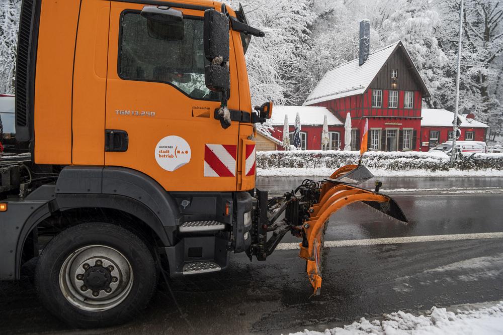 https://www.eifelmomente.de/albums/Nordeifel/Winter/2020-21_Winter/2021_01_08_-_009_Aachen_Preuswald_DNG_bearb.jpg
