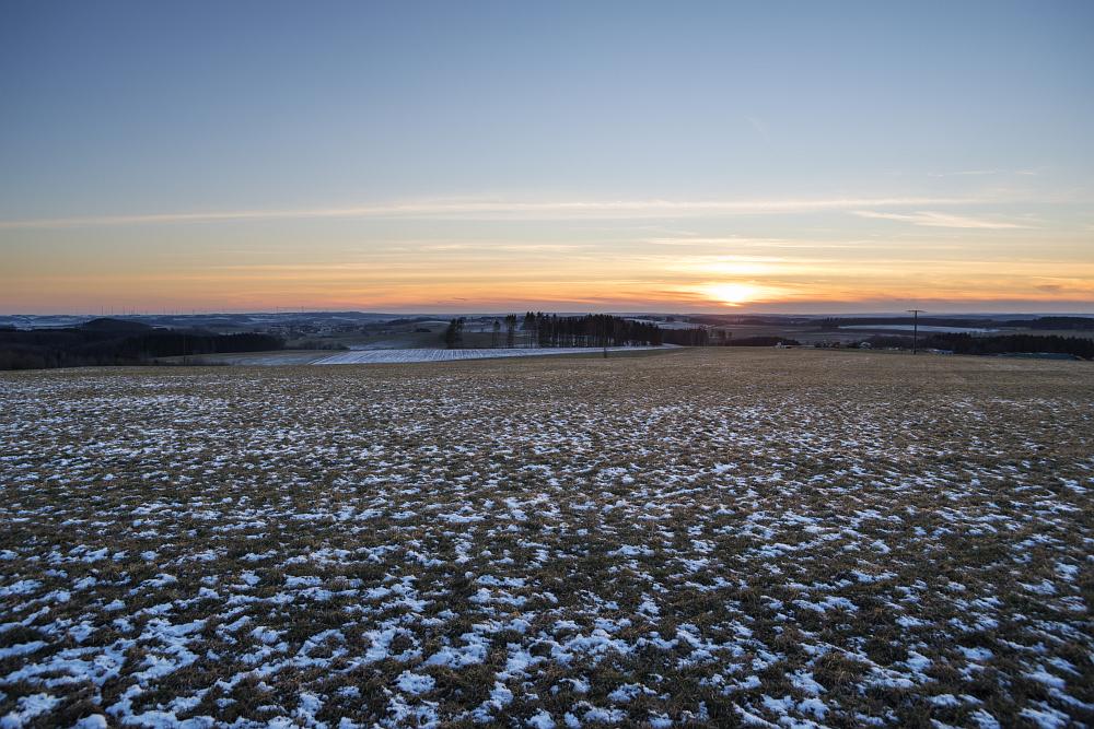 https://www.eifelmomente.de/albums/Nordeifel/Winter/2020-21_Winter/2021_02_13_-_002_Bei_Auw_bei_Pruem_DNG_DRI_bearb.jpg