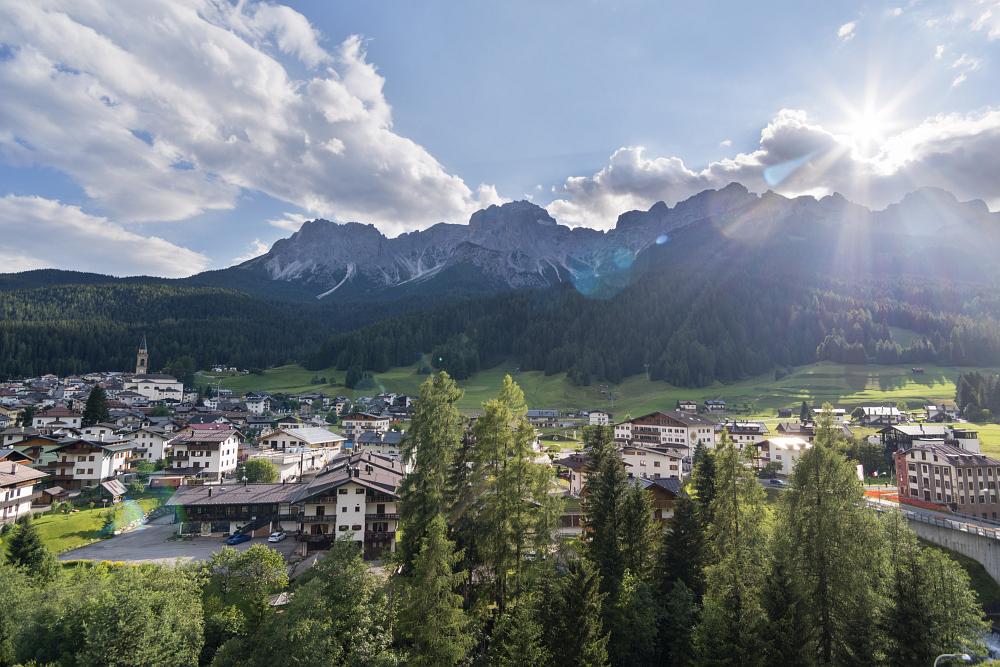 https://www.eifelmomente.de/albums/Urlaub/2018_07_17-26_Alpen/2018_07_17_-_12_Padola_Ferienwohnung_DNG_DRI_bearb.jpg