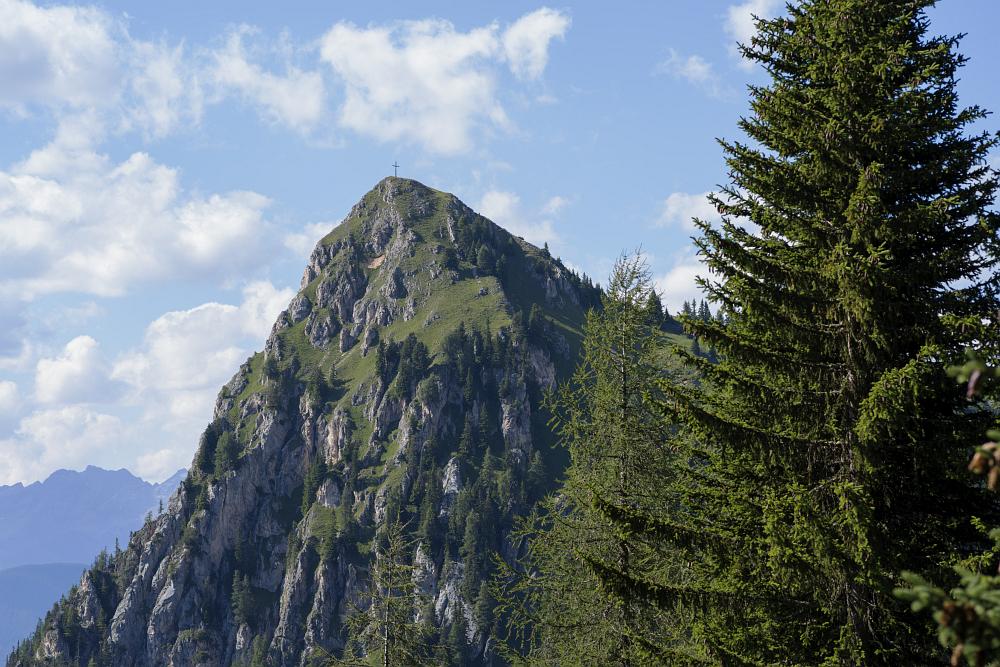 https://www.eifelmomente.de/albums/Urlaub/2018_07_17-26_Alpen/2018_07_18_-_167_Abstieg_Sarlridl_DNG_bearb_ausschn.jpg