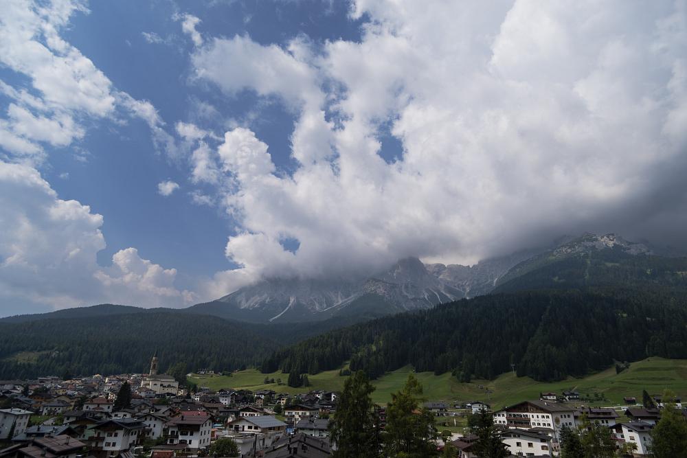 https://www.eifelmomente.de/albums/Urlaub/2018_07_17-26_Alpen/2018_07_20_-_083_Padola_Ferienwohnung_DNG_bearb.jpg