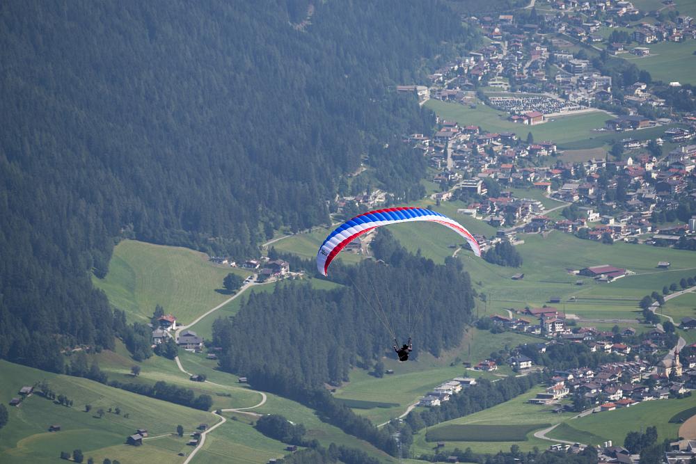 https://www.eifelmomente.de/albums/Urlaub/2018_07_17-26_Alpen/2018_07_24_-_037_Elferlift_Bergstation_DNG_bearb.jpg