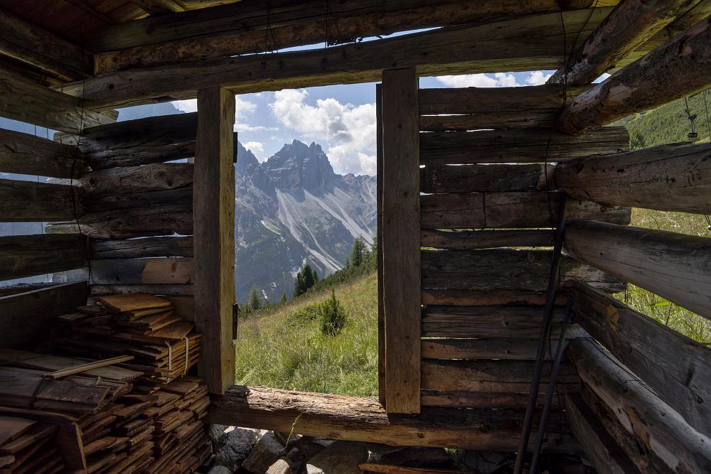 https://www.eifelmomente.de/albums/Urlaub/2018_07_17-26_Alpen/2018_07_24_-_167_Elfer_Panoramaweg_DNG_bearb.jpg