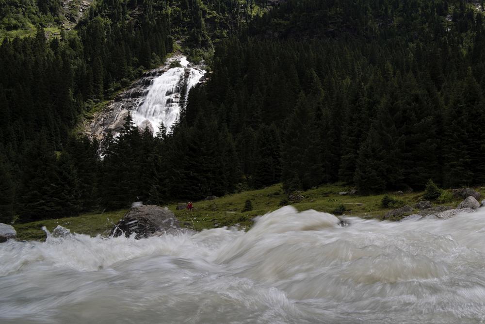 https://www.eifelmomente.de/albums/Urlaub/2018_07_17-26_Alpen/2018_07_25_-_091_Grawa-Wasserfall_DNG_bearb_ausschn.jpg