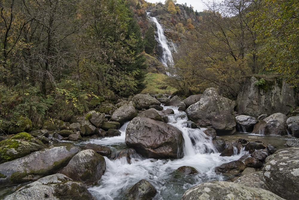 https://www.eifelmomente.de/albums/Urlaub/2019_10_20-11_03_Suedtirol/2019_10_28_-_086_Partschinser_Wasserfall_DNG_bearb.jpg